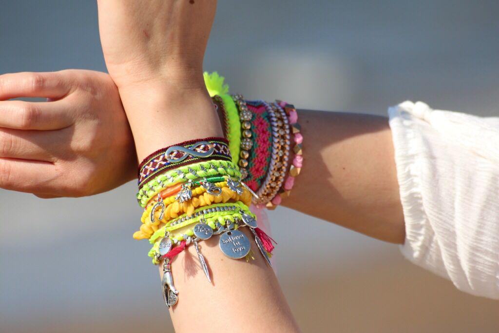 #ibiza armbanden de trendy armbanden van 2014, geniet van de zon, geniet van deze mooie armbanden www.armbandonlinekopen.nl