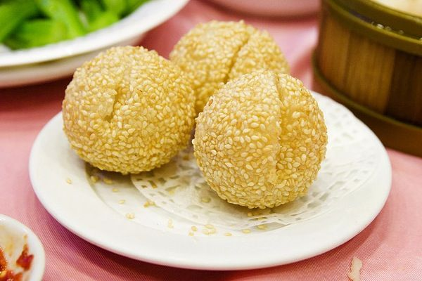 Jin deui fried glutinous rice balls comfort food pinterest favorite recipes jin deui fried glutinous rice ccuart Images