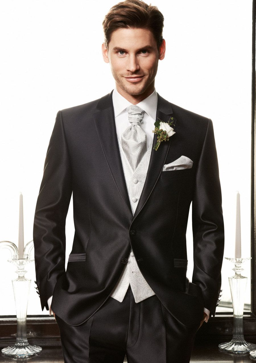 The Groom - nice combination | Wedding Dresses | Pinterest ...