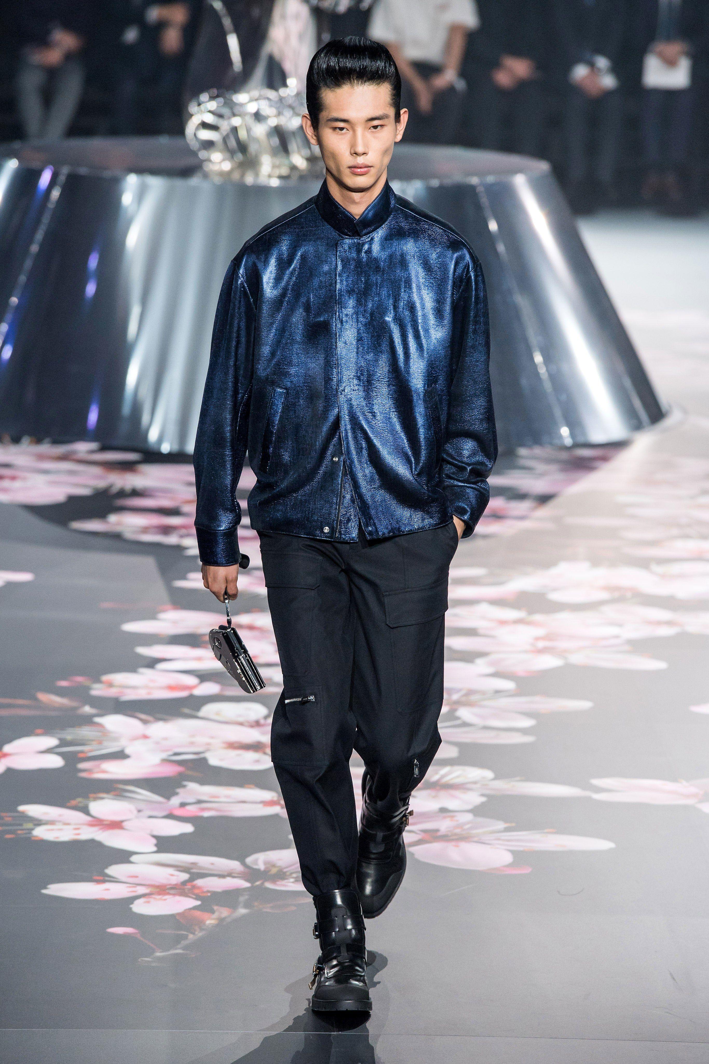 96aef3f8dfd Dior Men Pre-Fall 2019 Fashion Show | Menswear Runway | Fashion ...