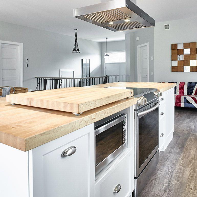 cuisine style contemporain avec micro onde int gr dans lot id es pour la maison pinterest. Black Bedroom Furniture Sets. Home Design Ideas