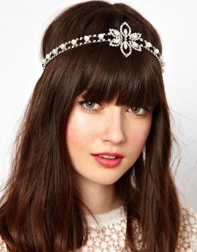 Flapper headband! http://thestir.cafemom.com/beauty_style/156256/get_your_own_gatsbyinspired_fashion?utm_medium=sm_source=pinterest_content=thestir