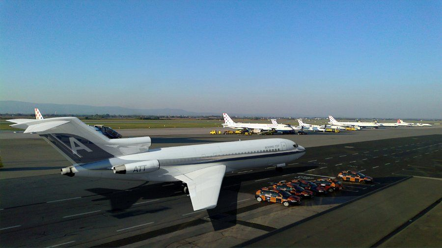 Boeing 727 Parked Airline 50$ #aircraft #3D #boeing