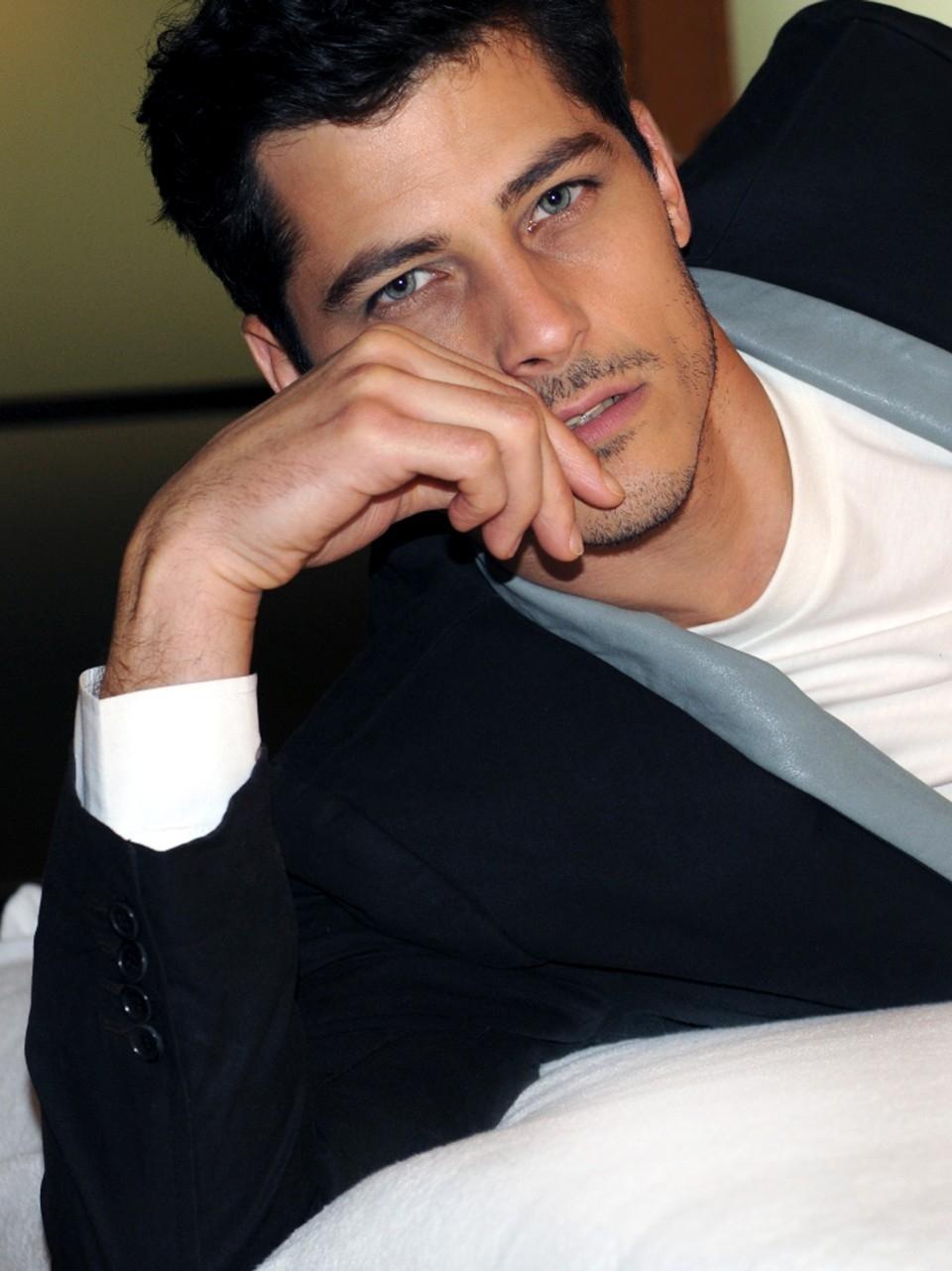Atesh Salih In 2020 Atesh Salih Model Gorgeous Men