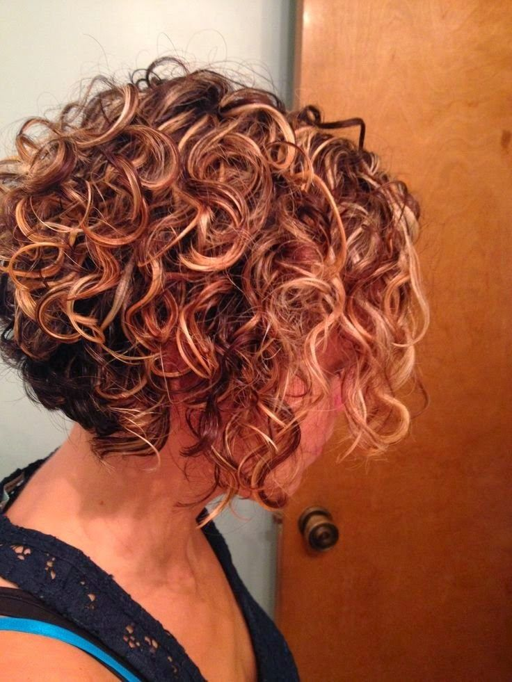 25 Short Hairstyles Seriously Curly Hair Kisa Sac Kesimleri