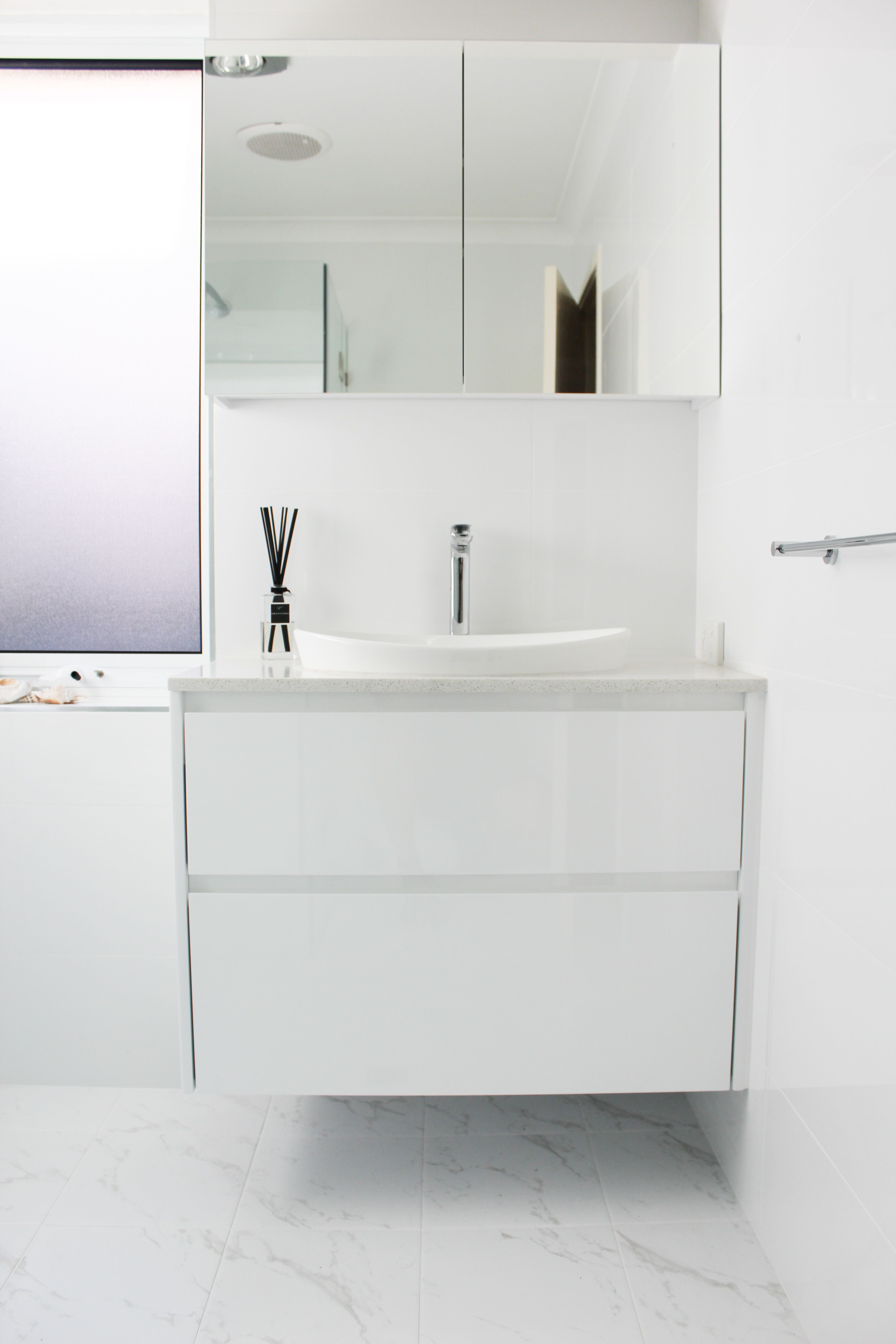 White Bathroom - Mirror Cabinet - Wall Hung Vanity - Floor ...