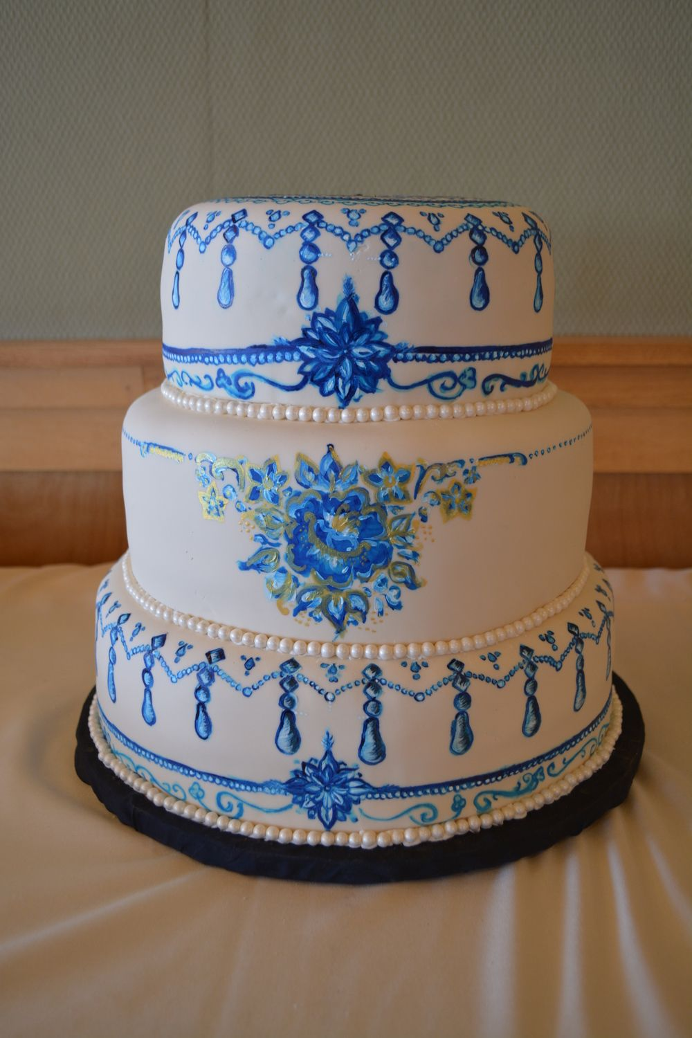 How sweet it is cakes duluth mn cake sweet wedding cakes