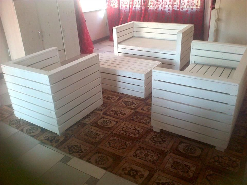 pin by janice anderson on lounge pallet furniture pallet pallet rh pinterest com