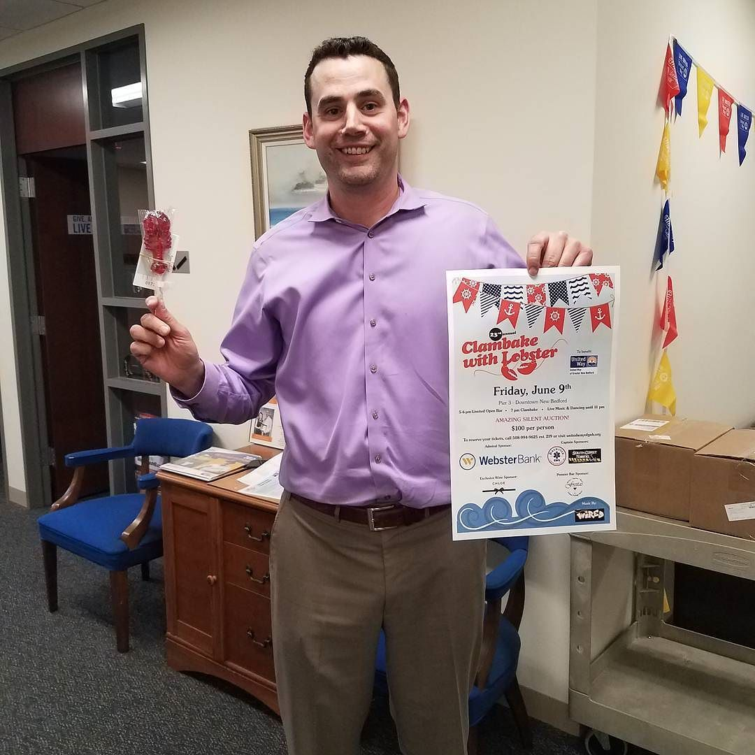Vernon from RMS just picked up his Clambake tickets! We are excited to have RMS as a First Mate sponsor this year! get your tickets at unitedwayofgnb.org Or 508.994.9625  #clambake #clambake2017 #nightout #event #firstmate #sponsor #june9 #summer #unitedway #music #dancing #food #lobster #getyourtickets