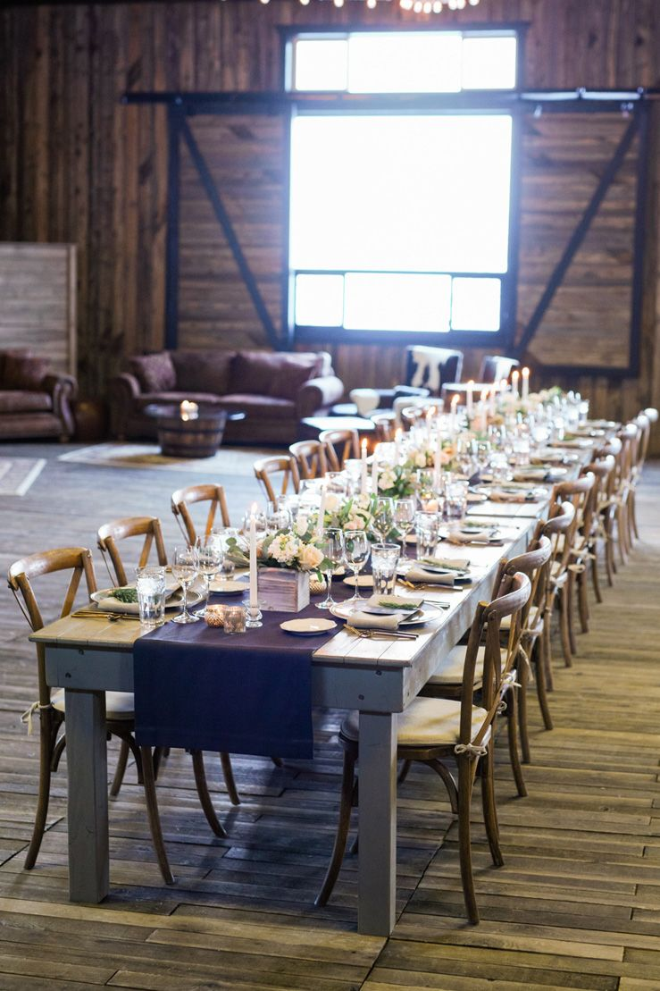 Blue and gold rustic wedding tablescape | fabmood.com