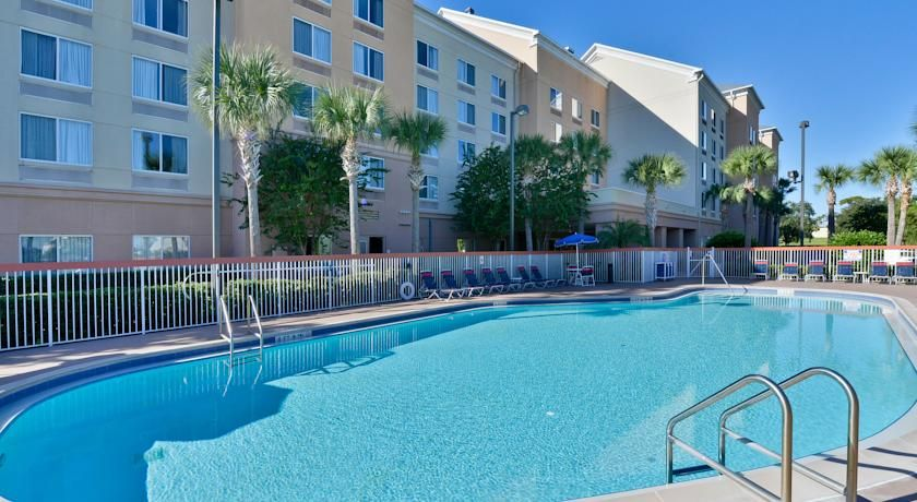 Comfort Inn Suites Universal Orlando Fl Booking Com With