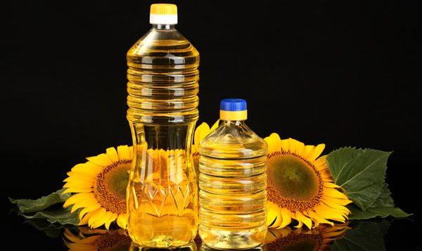 7 Amazing Benefits Of Sunflower Oil Oil For Dry Skin Sunflower Oil Benefits Sunflower Oil