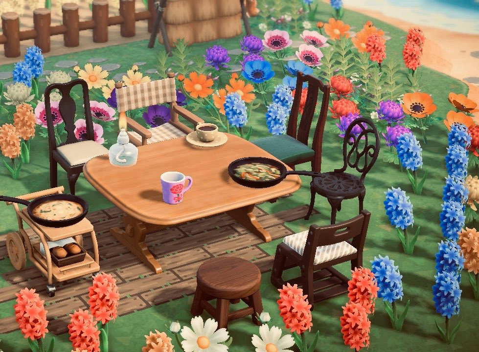 Megan On Twitter New Animal Crossing Animal Crossing Game Pottery Animals