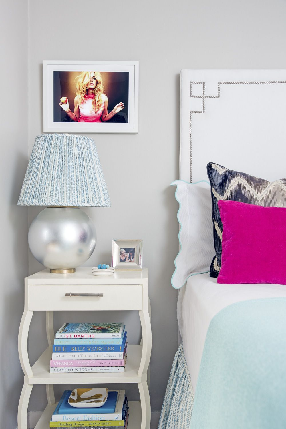 A Blogger Shares Her Top Tips For Decorating A Rental