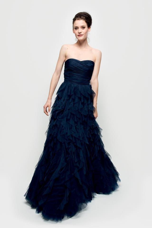 Robe Princesse Naf Naf Nouveau coloris bleu encre Tarif de location   60  euros a0658156dc20
