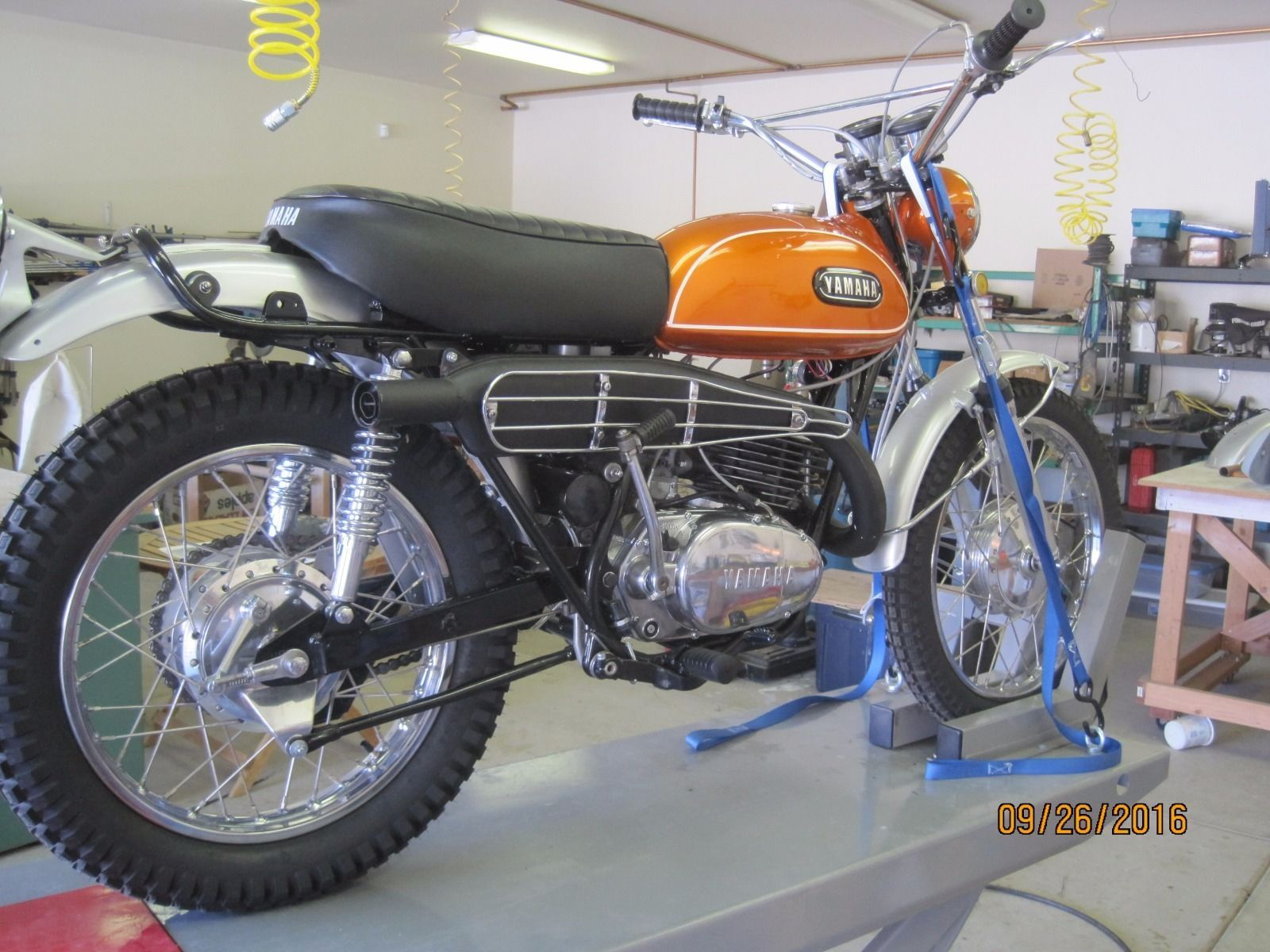 1970 yamaha dt1 250 enduro ebay 1971 yamaha dt1e. Black Bedroom Furniture Sets. Home Design Ideas
