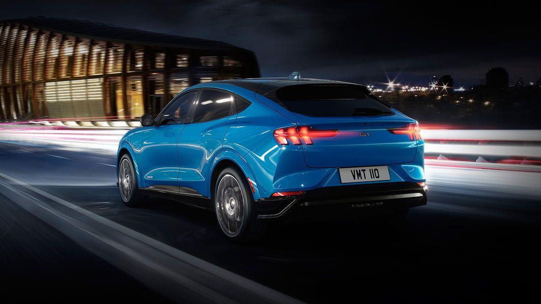 Ford Mustang Mach E 2020 Der Erste Elektro Suv Von Ford Ford Mustang Mustang Ford