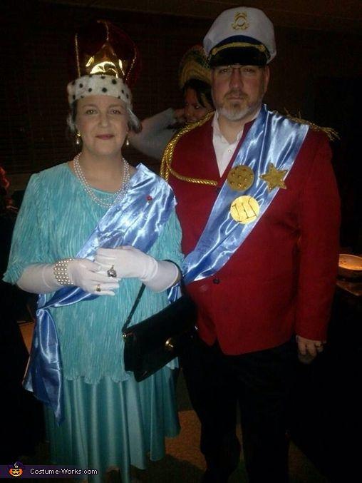 Queen Elizabeth II \u0026 Prince Phillip , 2013 Halloween Costume Contest