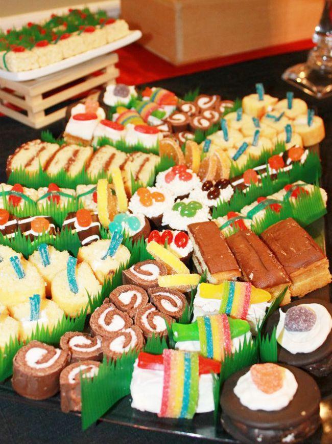Sushi theme birthday party: Miss B is 14! #dessertsushi
