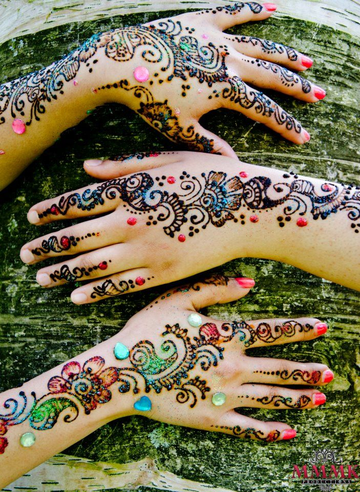 Colorful Henna Designs: Gorgeous Glitter Mehndi Designs