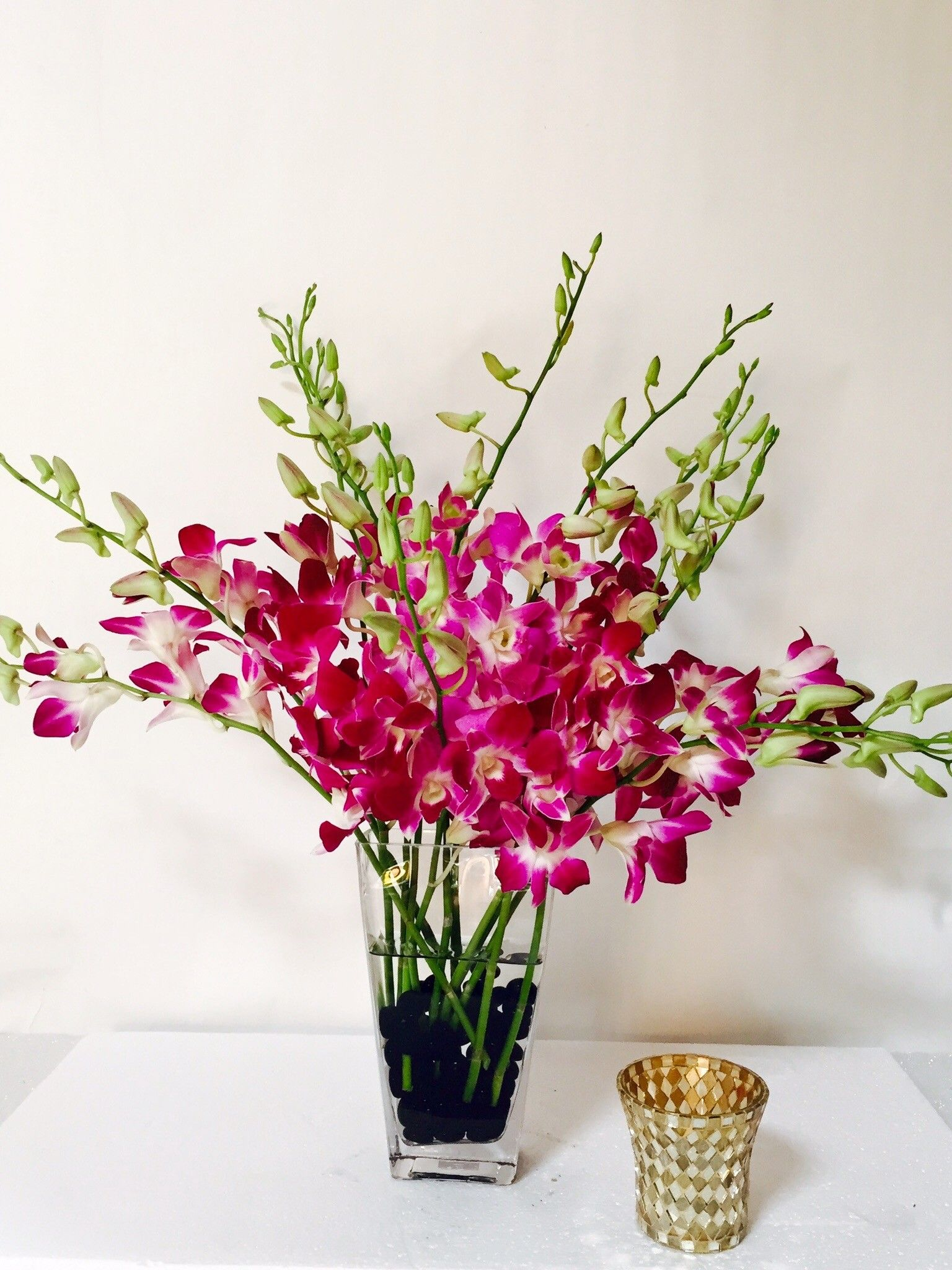 Send The Orchid Spray Bouquet Of Flowers From Jane S Roses Local Fresh Flower Delivery Directly From The Florist And Never I Slow Flower Fresh Flower Delivery