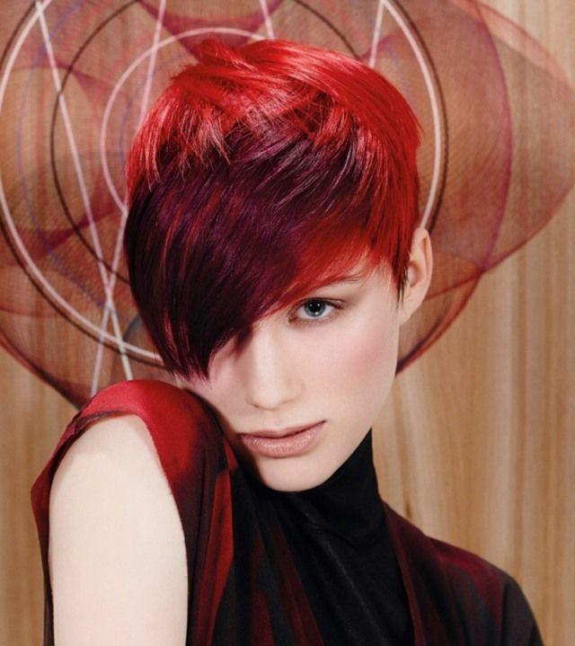 Cheveux · coupe courte femme avec frange longue en rouge cachemire