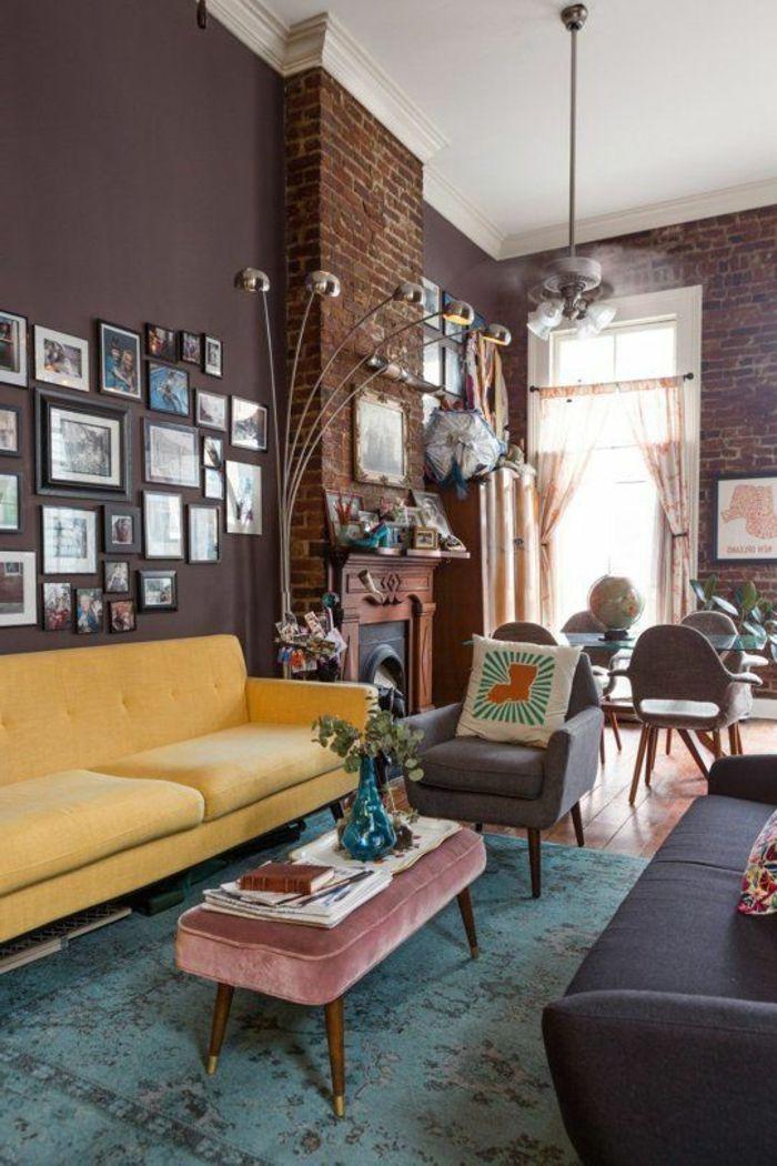 Wohnzimmer Streichen Ideen Dunkle Wände Steinwand Pendelleuchte Gelbes Sofa