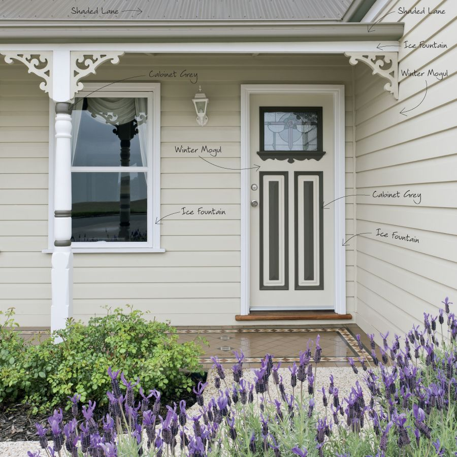 Traditional australia federation exterior inspirations paint - This Federation Exterior Exudes Old Time Charm Enhanced By Painting The Intricate Features Of The Front Door In A Darker Neutral Colour Contrasting Well