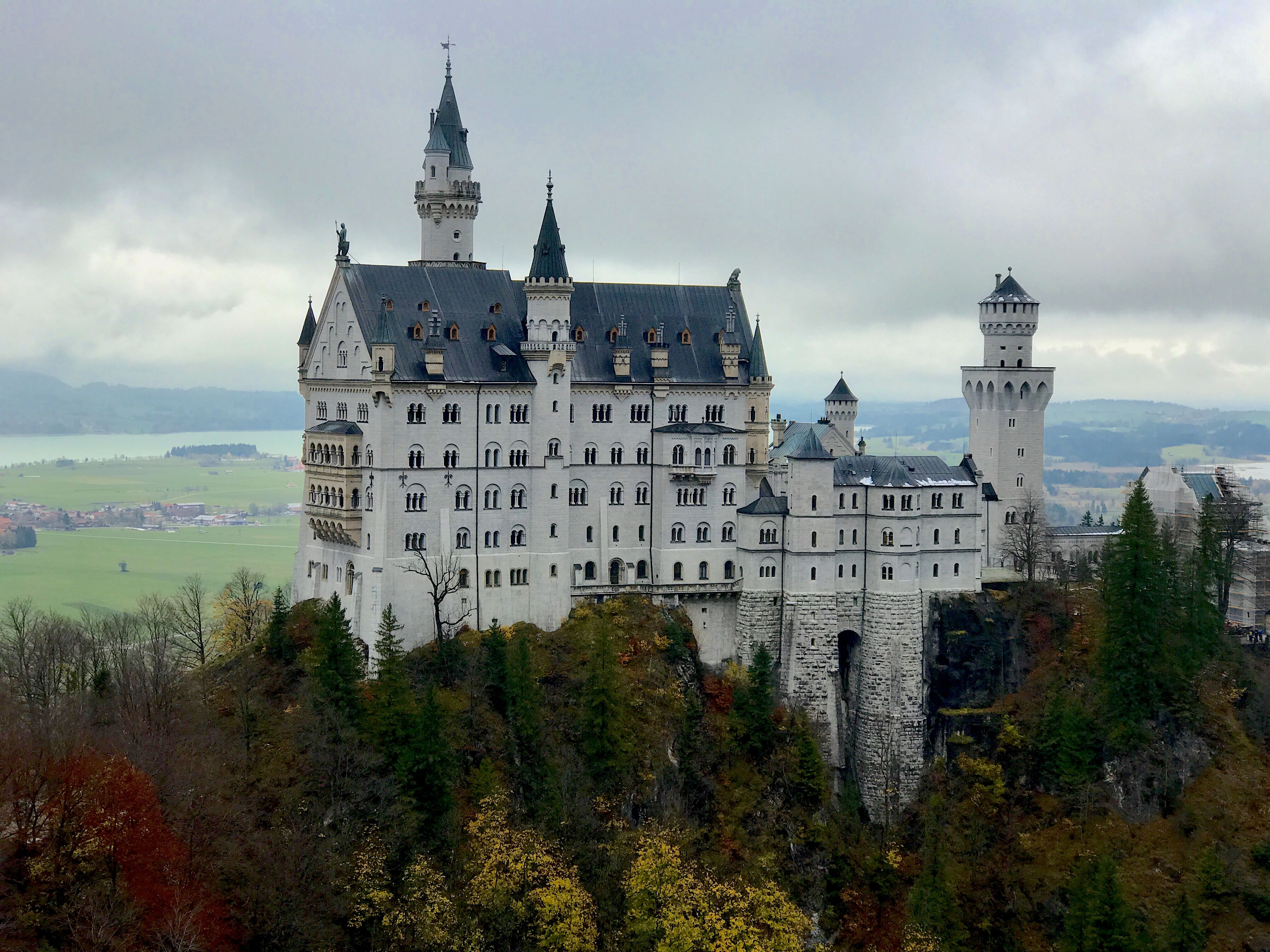 25 Facts About Neuschwanstein Castle In Germany European Castles Neuschwanstein Castle Germany Castles