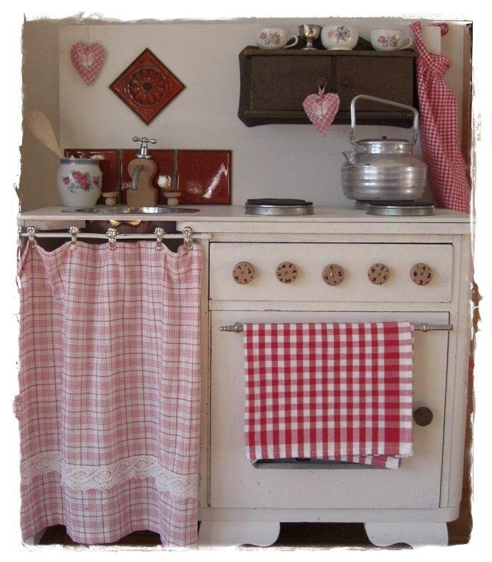 R e d  I n t e r i o r s Kids Kitchen Ideas Pinterest Rot - küchenideen kleine küchen