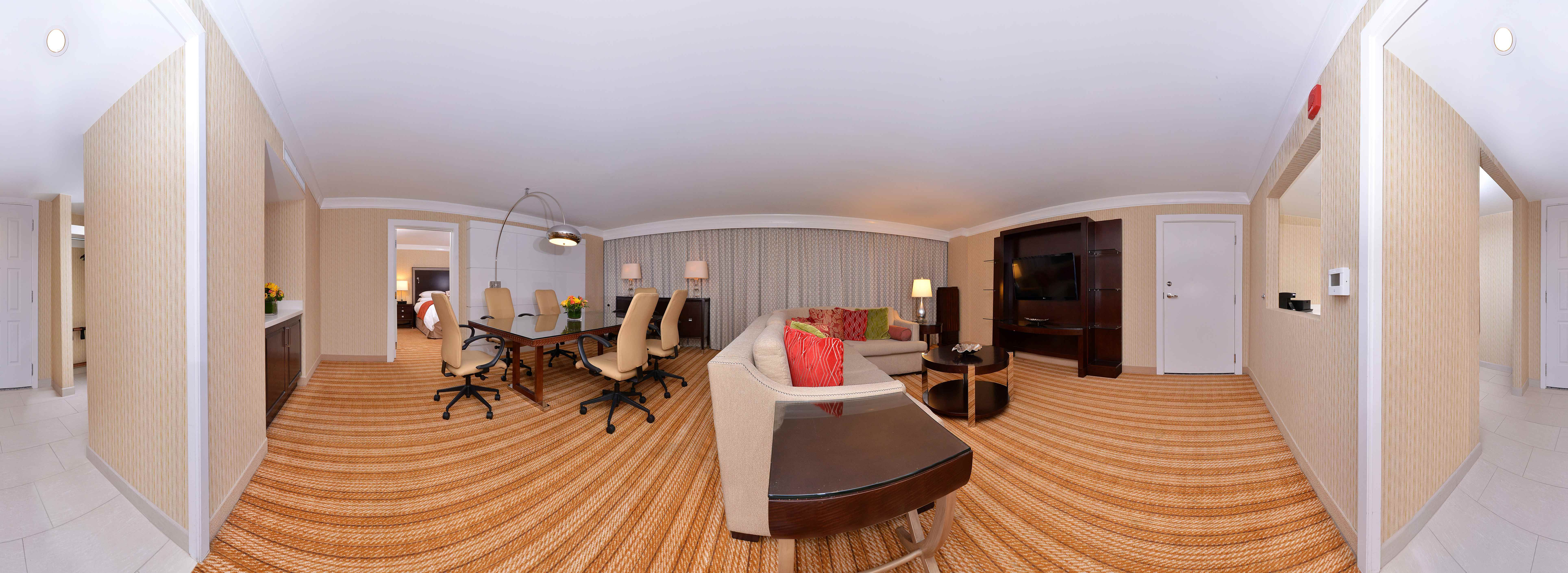 Marriott Memphis East Presidential Suite Living Area Memorable
