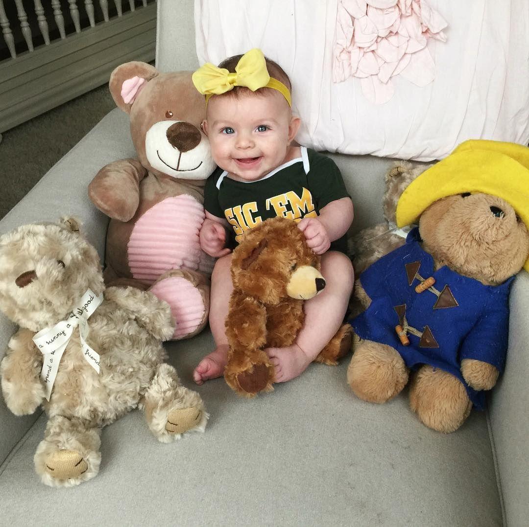 Cute photo op for a future Baylor Bear!