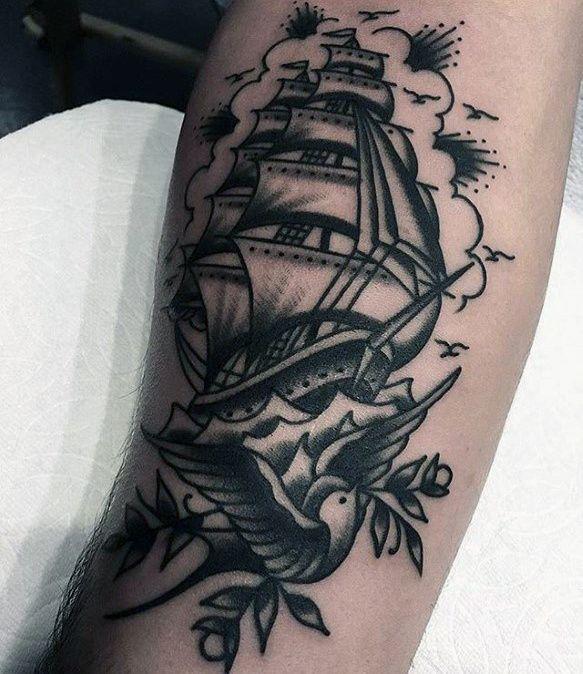Shipwreak Traditonal Tattoo: Top 73 Traditional Swallow Tattoo Ideas