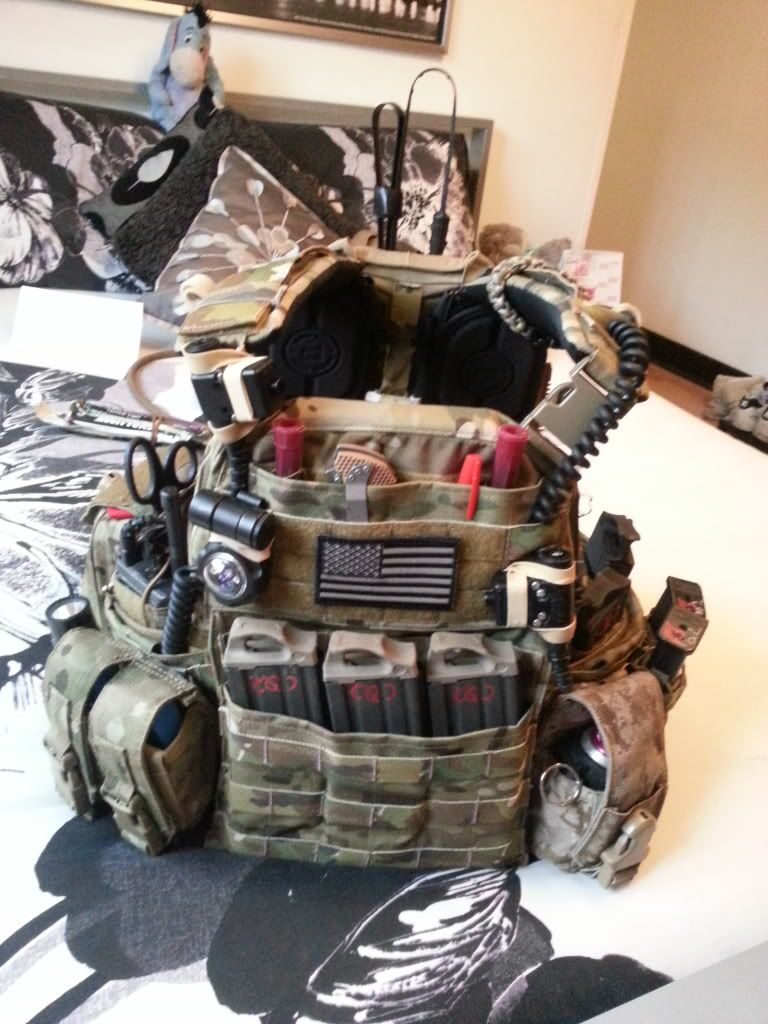 Quite A Busy Rig Recommend Some Gel Shoulder Pads Off Of Amazon That I Posted On Here Perfectly Fit Tactical Gear Survival Guns Tactical Plate Carrier Setup