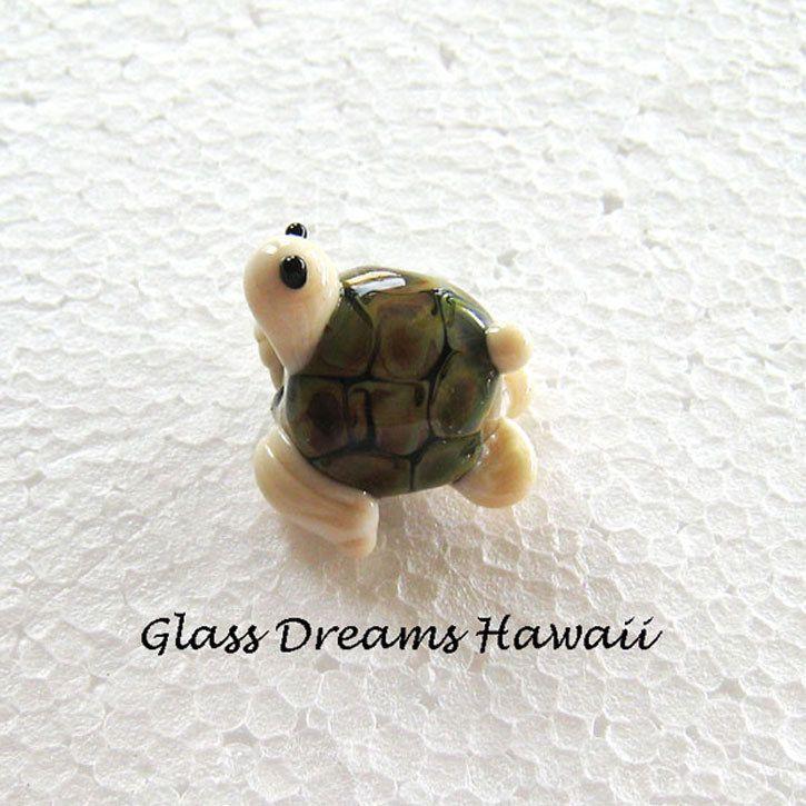 Glass Turtle Bead  - Handmade Honu Bead - Hawaii Lampwork Glass - Honu With Heart (22.00 USD) by GlassDreamsHawaii