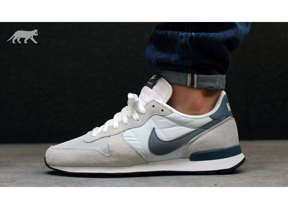 mens nike internationalist white blue