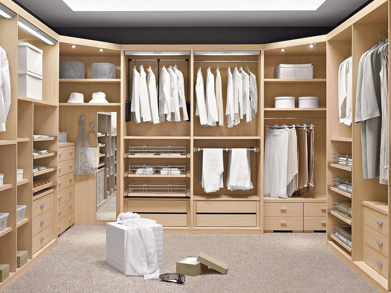 Rinconero giratorio vestidor buscar con google home for Closet habitaciones modernas