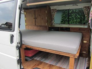 Very simple pull out bed design