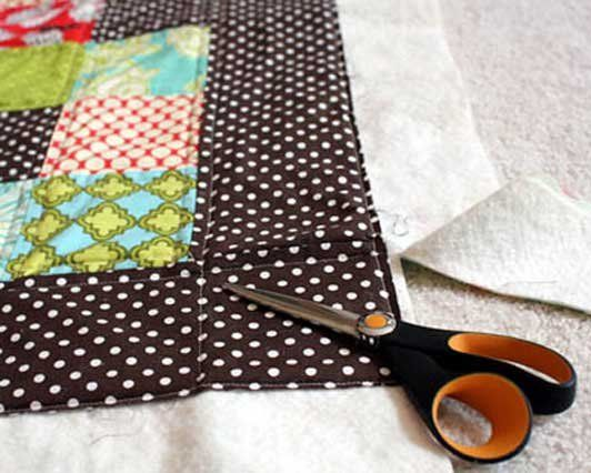 This is a really great beginner quilting how-to.