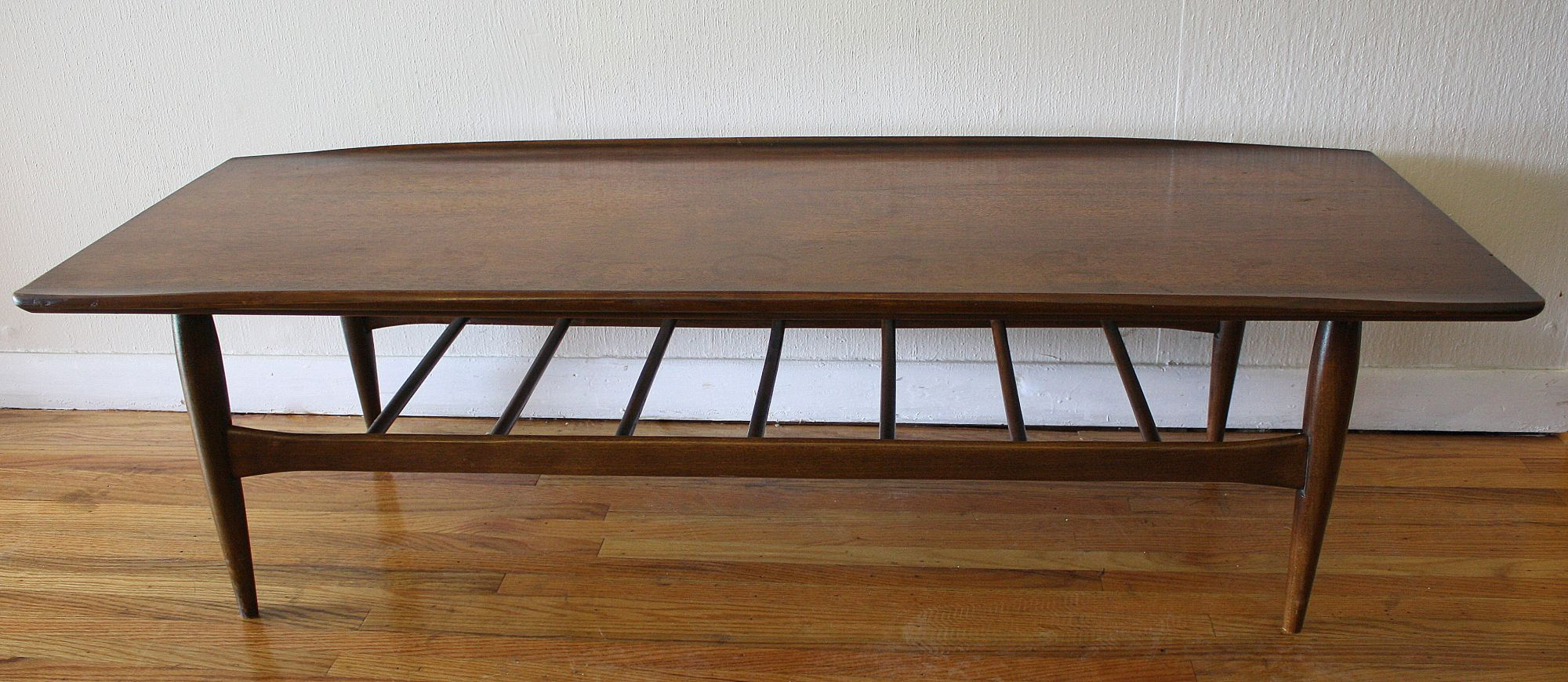 Mid Century Modern Bassett Coffee Table With Surfboard Edges Picked Vintage Coffee Table Surfboard Coffee Table Table [ 870 x 2000 Pixel ]