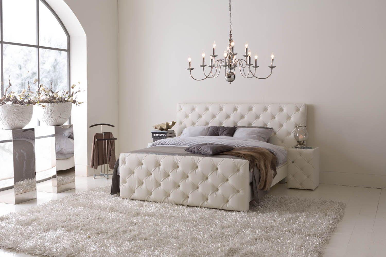Boxspring Majesty - #slaapkamer #gecapitonneerd #romantisch ...