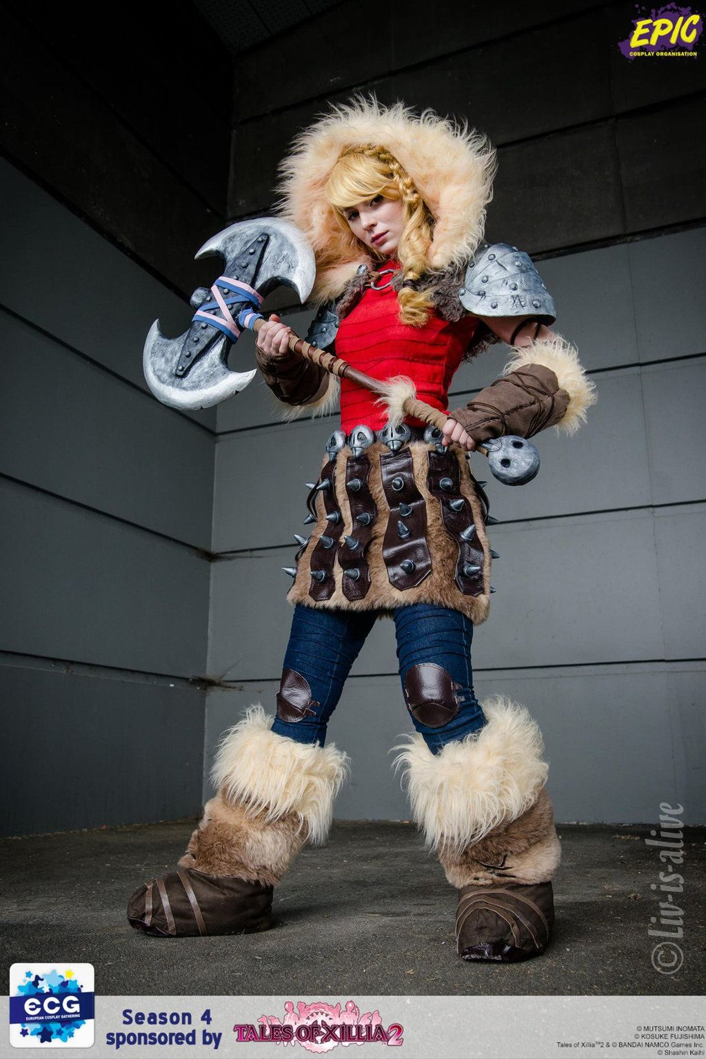 Astrid Hofferson  cosplay from How To Train Your Dragon  49fd1c3a8d34
