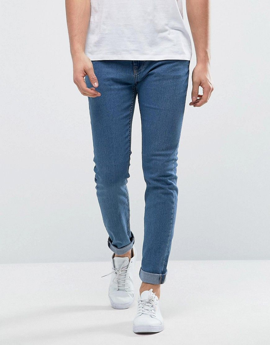Get this Only & Sons's skinny jeans now! Click for more details. Worldwide shipping. Only & Sons Skinny Light Blue Jeans - Blue: Jeans by Only Sons, Stretch denim, Light wash, Concealed fly, Five pocket design, Stitched Only Sons back patch, Skinny fit - cut very closely to the body, Machine wash, 79% Cotton, 20% Polyester, 1% Elastane, Our model wears a W 32 Regular and is 188cm/6'2 tall. Quality craftsmanship is at the forefront of Danish brand Only Sons, whose signature designs include…