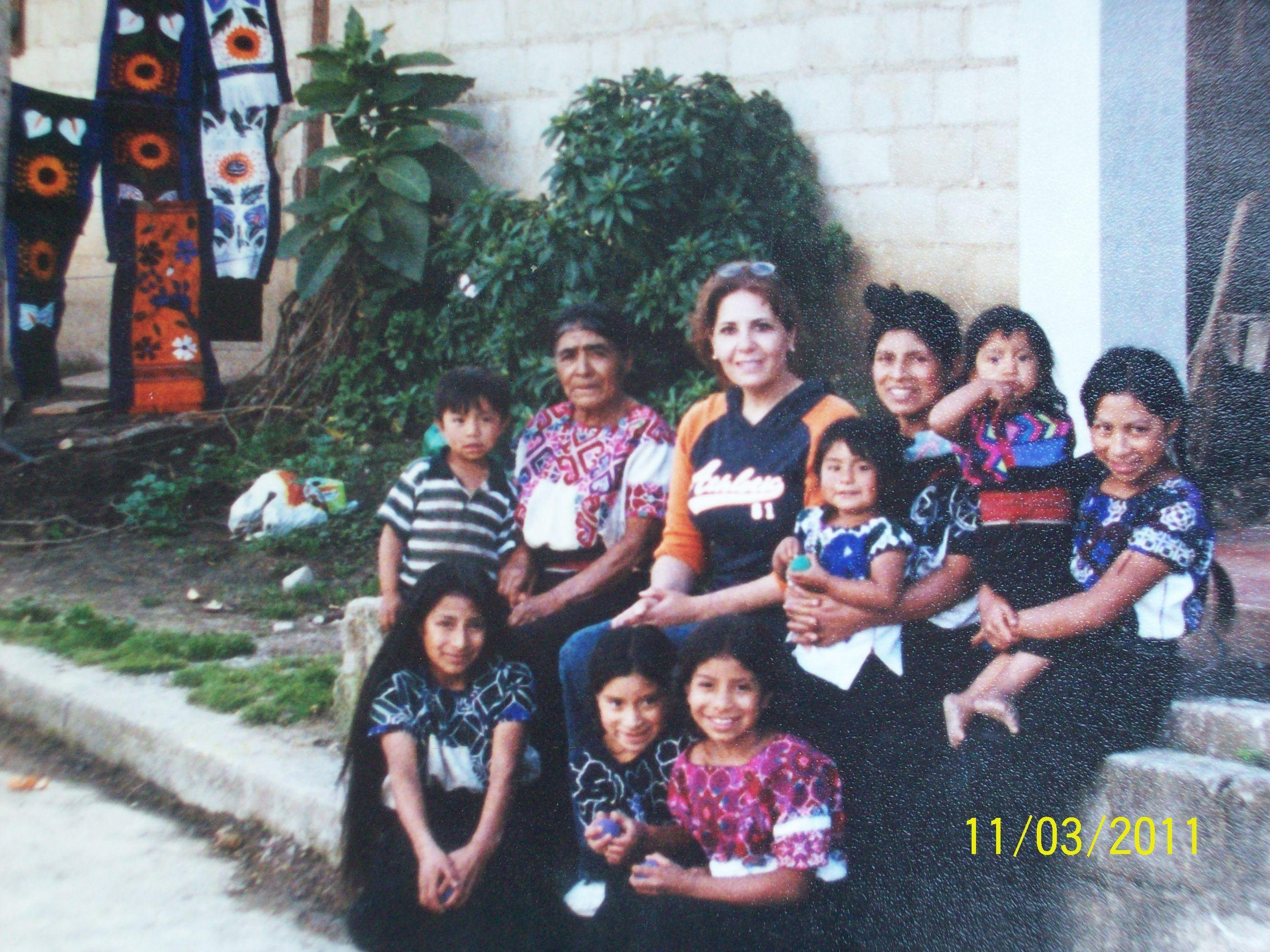 Culturas mezcladas, con mujeres de Chiapas !!