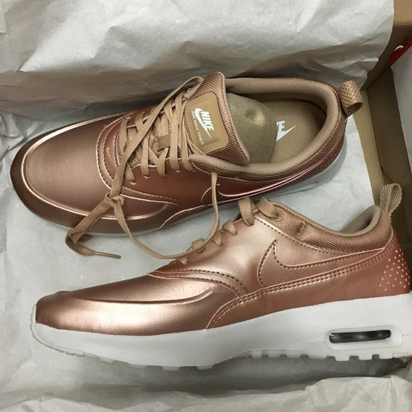 air max thea red bronze