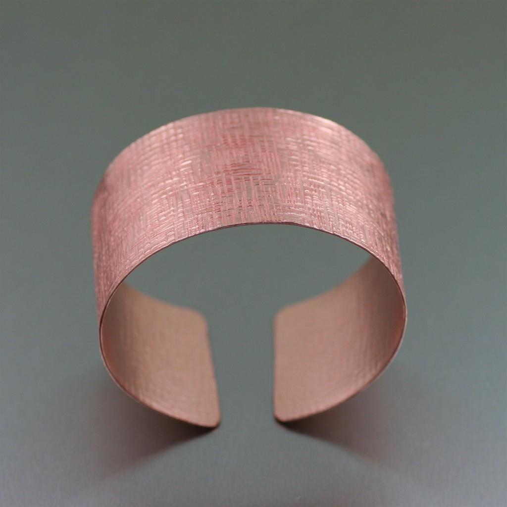Contemporary Copper Linen Cuff Bracelet  Featured by #JohnSBrana #Cuffs #CopperJewelry #Copper http://www.johnsbrana.com/lookbook/copper-jewelry/copper-linen-cuff-bracelet/