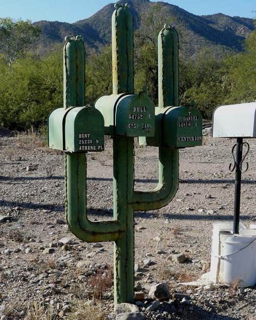 25 Indescribably Awesome Mailboxes Cool Mailboxes Mailbox Mailbox Design