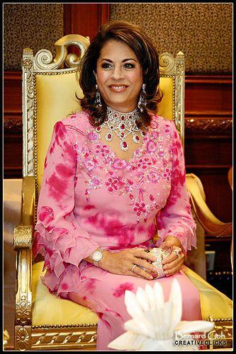 sultanah kalsom of pahang malaysia world royal families