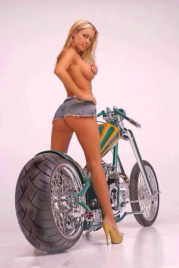 Babe biker chick pic