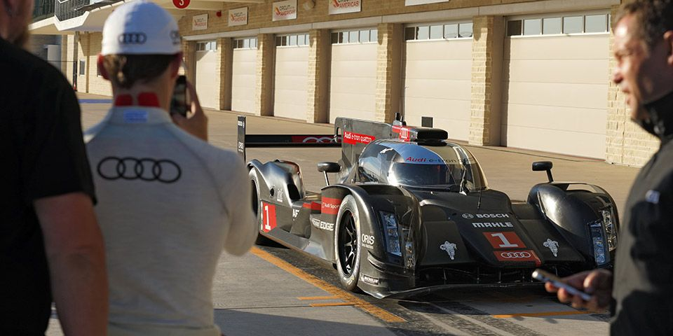 Texas Test: Behind the Scenes as Audi Test Runs the 2014 R18 e-tron quattro at Circuit of the Americas. - Fourtitude.com